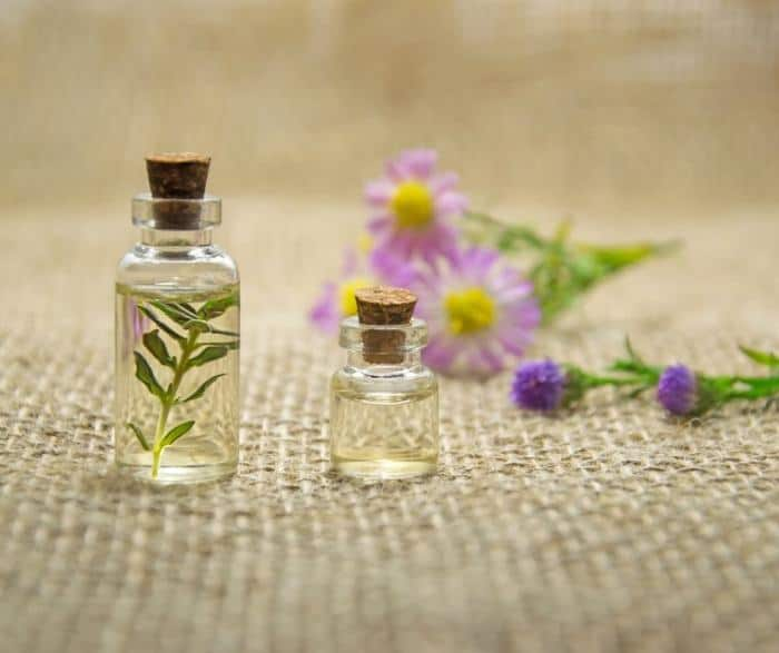 Best Essential Oils for Improving Sleep